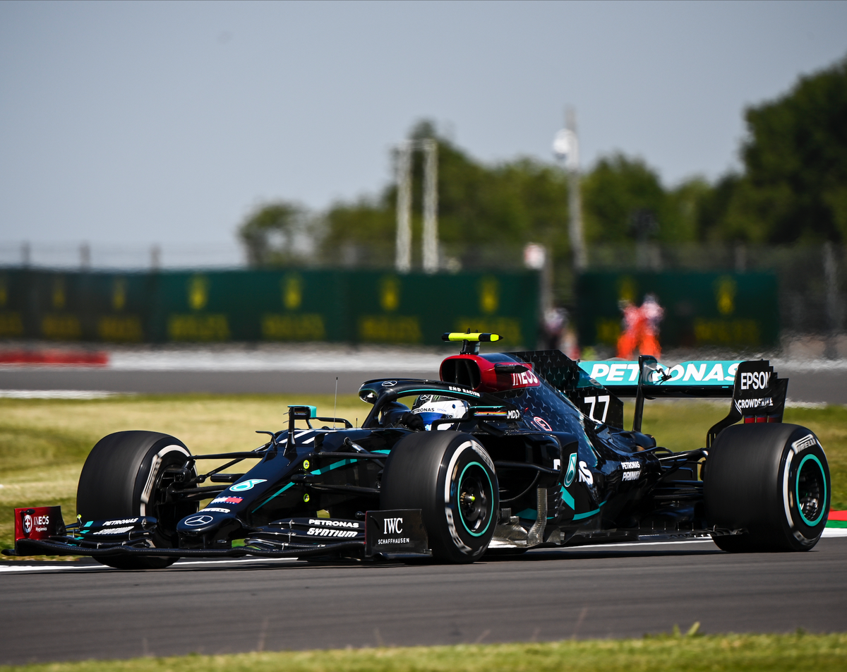 Great to see the @MercedesAMGF1 Team on the track at the British GP, using our hand sanitiser to help get the job done on race weekend. Get yours exclusively  at Amazon now. https://t.co/cvqOGenOEh https://t.co/cNJyxpcPzF
