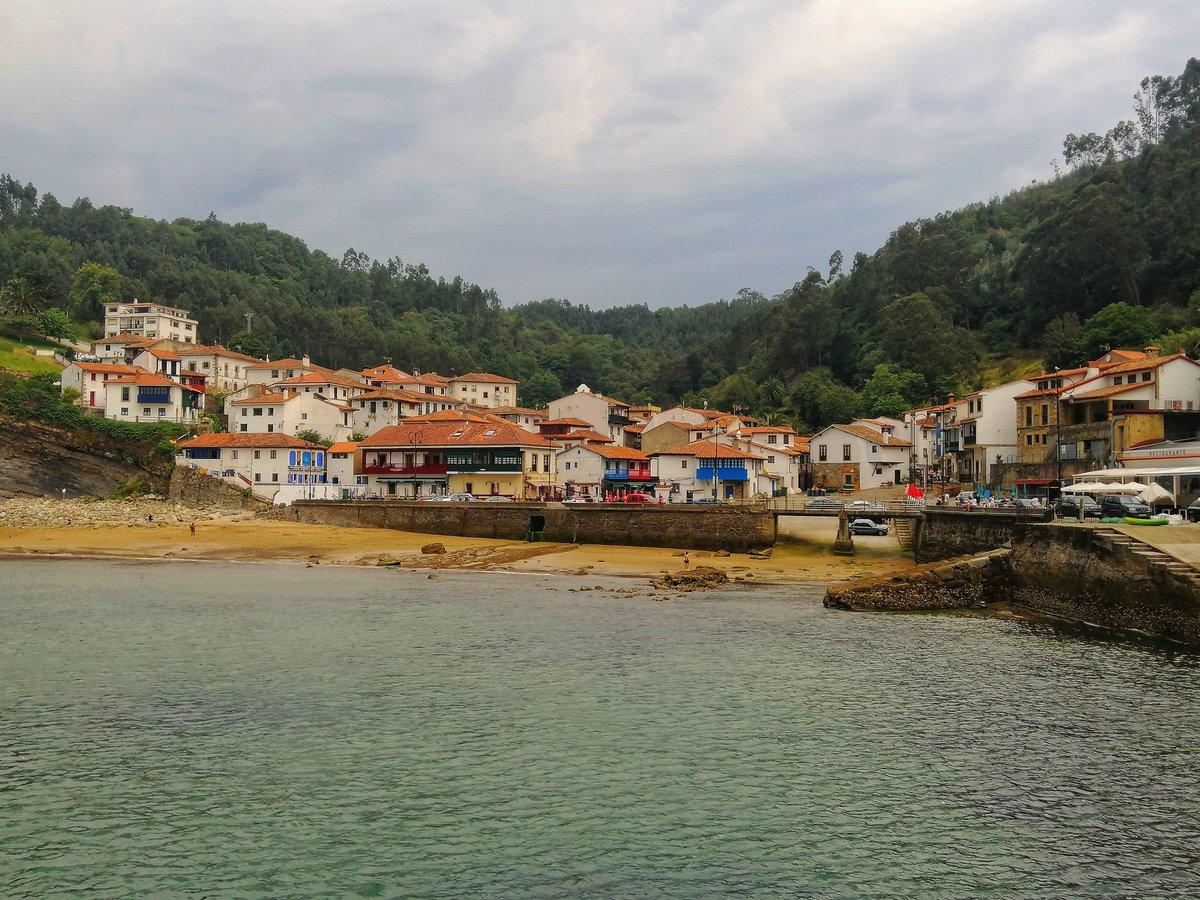 Tazones está considerado uno de los pueblos más bonitos de España. http://www.juntosxelmundo.es #asturias #españa #tazones #igersespaña#igersasturias #asturias_ig #europa #mysjuntosxelmundo #juntosxelmundo #viaje #viajar #trip #travel #travellers #instapic #wanderlust #iamtbpic.twitter.com/o2FjBWZGB4