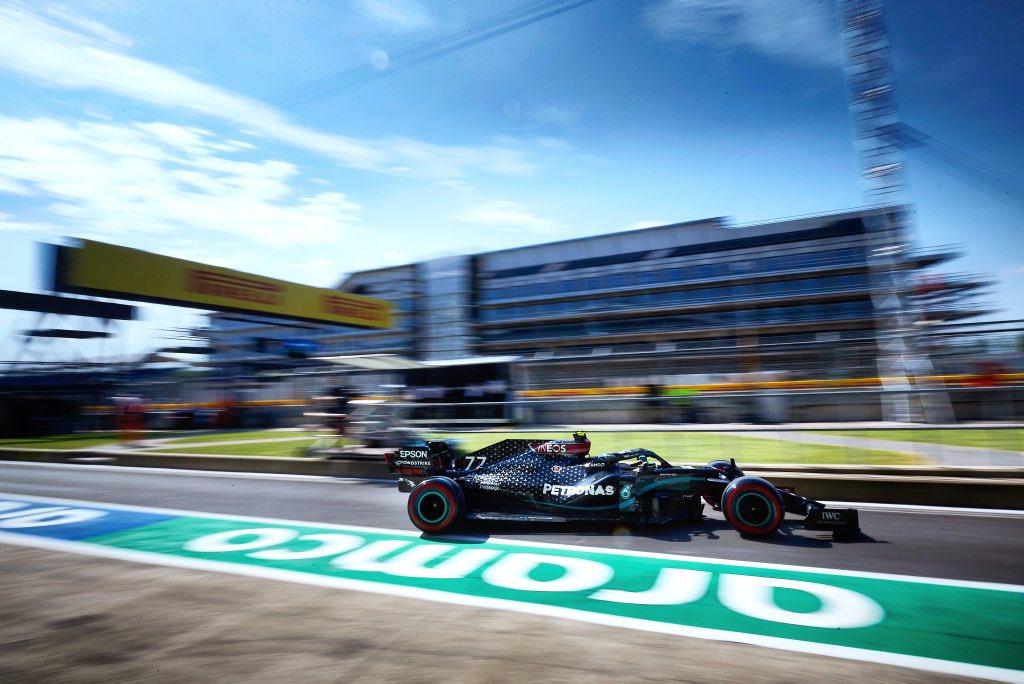 Friday 🇬🇧🏁  Always good fun @SilverstoneUK !  Read about our day: https://t.co/il2uh70de6  #VB77 #F1 #BritishGP @MercedesAMGF1  📸 Etherington https://t.co/ZWOYk5WJnM