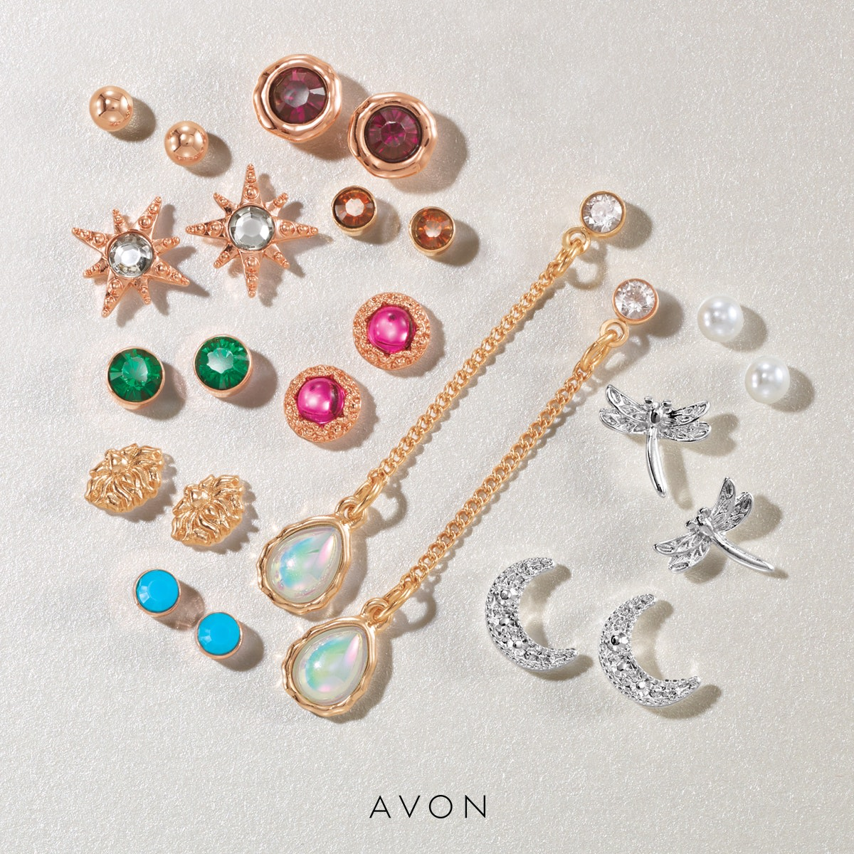 Statement jewelry for days. 12 pairs of mixed metals and designs. https://www.avon.com/product/good-vibes-earring-pack-72971?rep=georgiana… • • #outfitinspo #avonrep pic.twitter.com/zWEqd8gOeG