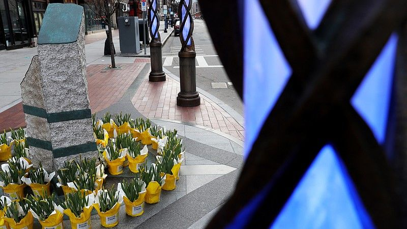@KPBSnews's photo on Boston Marathon