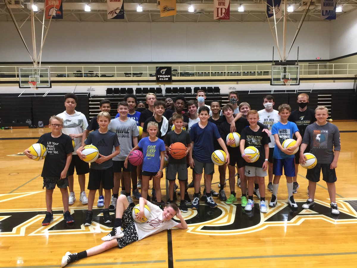2020 camp was 💯  We 😷'd up and played hard 💪  Special thanks to all the campers for coming out and spending their summer with us! https://t.co/cMQsdY5li3