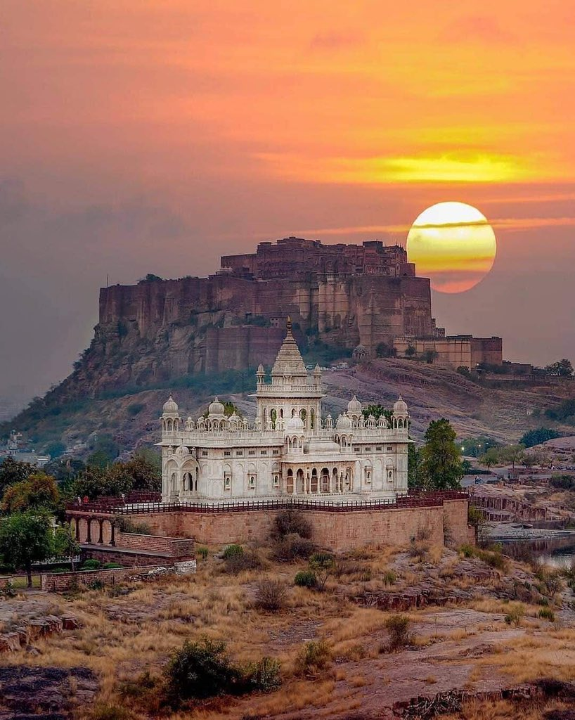 Some amazing shots from Jodhpur, Rajasthan! Thank you @NareshBishnoi07 for sharing this! @my_rajasthan