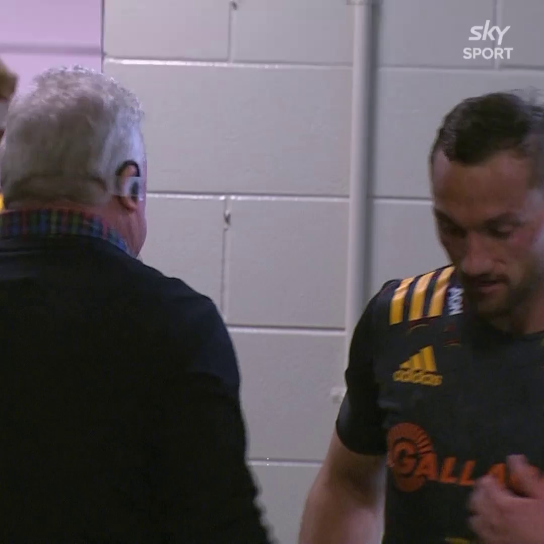 It's Aaron Cruden's 100th game for the Chiefs! Big congrats to him!