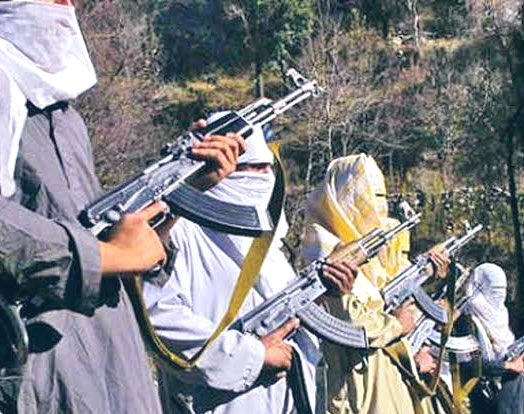 The number of Kashmiri youths joining terrorist ranks has dropped more than 40 per cent since the revocation of Article 370.  Even the people of Kashmir now give information about the terrorists to Army. People are helping in making Kashmir safe. #NayaKashmir https://t.co/wQXI9OUaOF