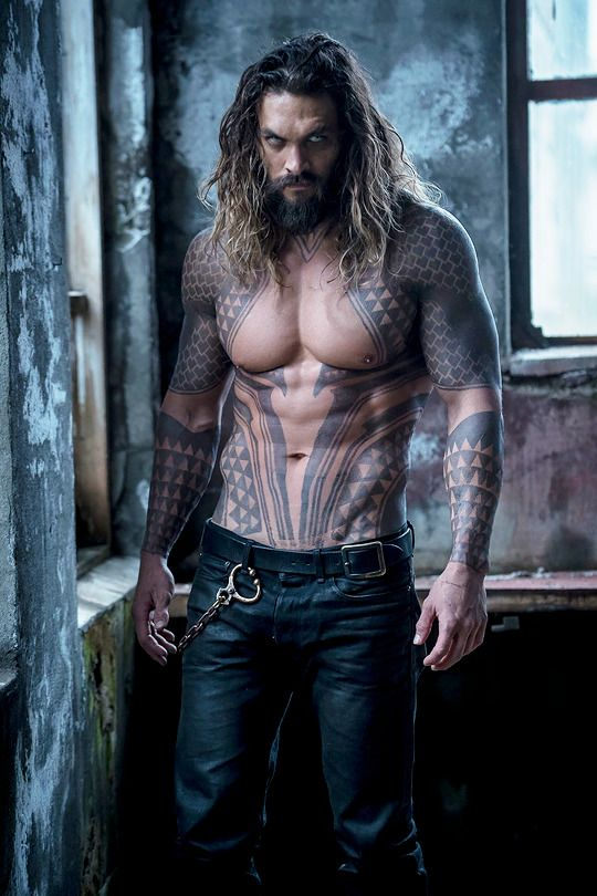 Jason momoa on the set of the real justice league  Taken by Happy birthday jason!