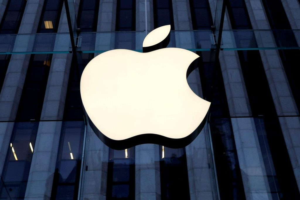 Apple removes thousands of game apps from China store: research firm https://t.co/sTP91R9j5B https://t.co/gpLN4UB0h6