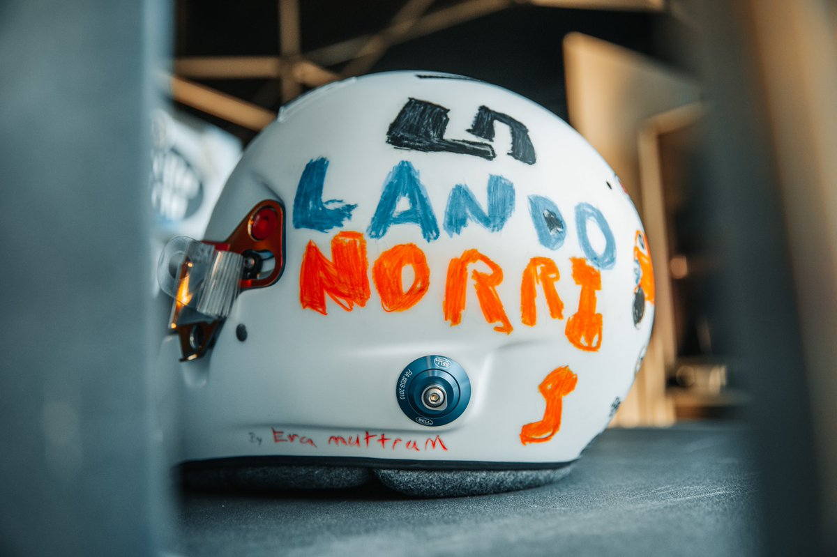 LANDO NORRI          5  🇬🇧 #L4NDO #BritishGP #F1 https://t.co/A7zkYIJ4NX