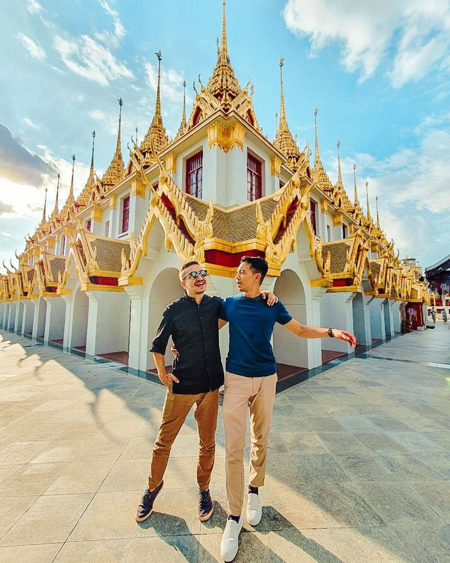We finally had the opportunity to visit this stunning #temple Wat Ratchanatdaram Worawihan. This place is so #unique and one of its kind  #LGBTQ #travel #MyThailandBucketList pic.twitter.com/IrAOgQ8vyB – at วัดราชนัดดาราม (Wat Ratchanatdaram)