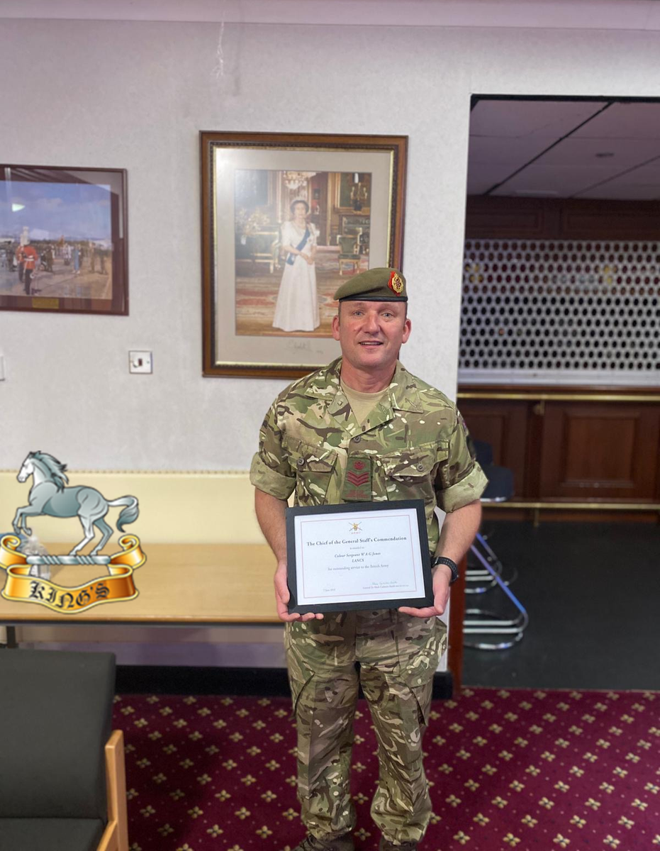 Congratulations to CSgt Billy Jones who received a Chief of the General Staff's Commendation for his support to Liverpool Garrison and Army Veterans'.  A massive achievement from a committed Non-Commissioned Officer and #Liverpudlian  #LiverpoolScottish @LANCS_REGT @lpoolcouncil https://t.co/zqPmu1zgkb