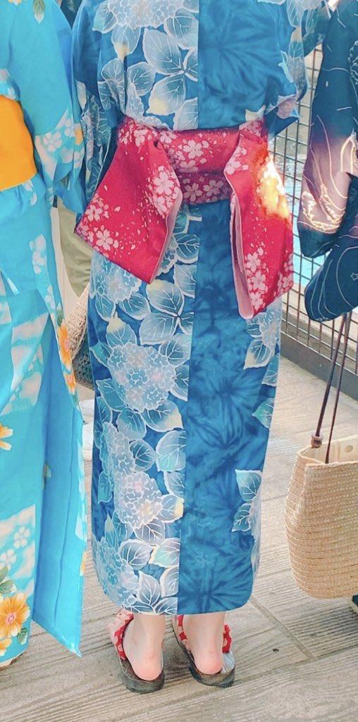 花火大会で着たい〜と思って、私物の紫陽花柄の浴衣をマイデザインで再現してみました😊今年は残念ながら着る機会がなさそうなので、ゲームの中で着たいと思います〜!#どうぶつの森 #AnimalCrossing #ACNH #あつまれどうぶつの森 #あつ森 #マイデザイン #マイデザ