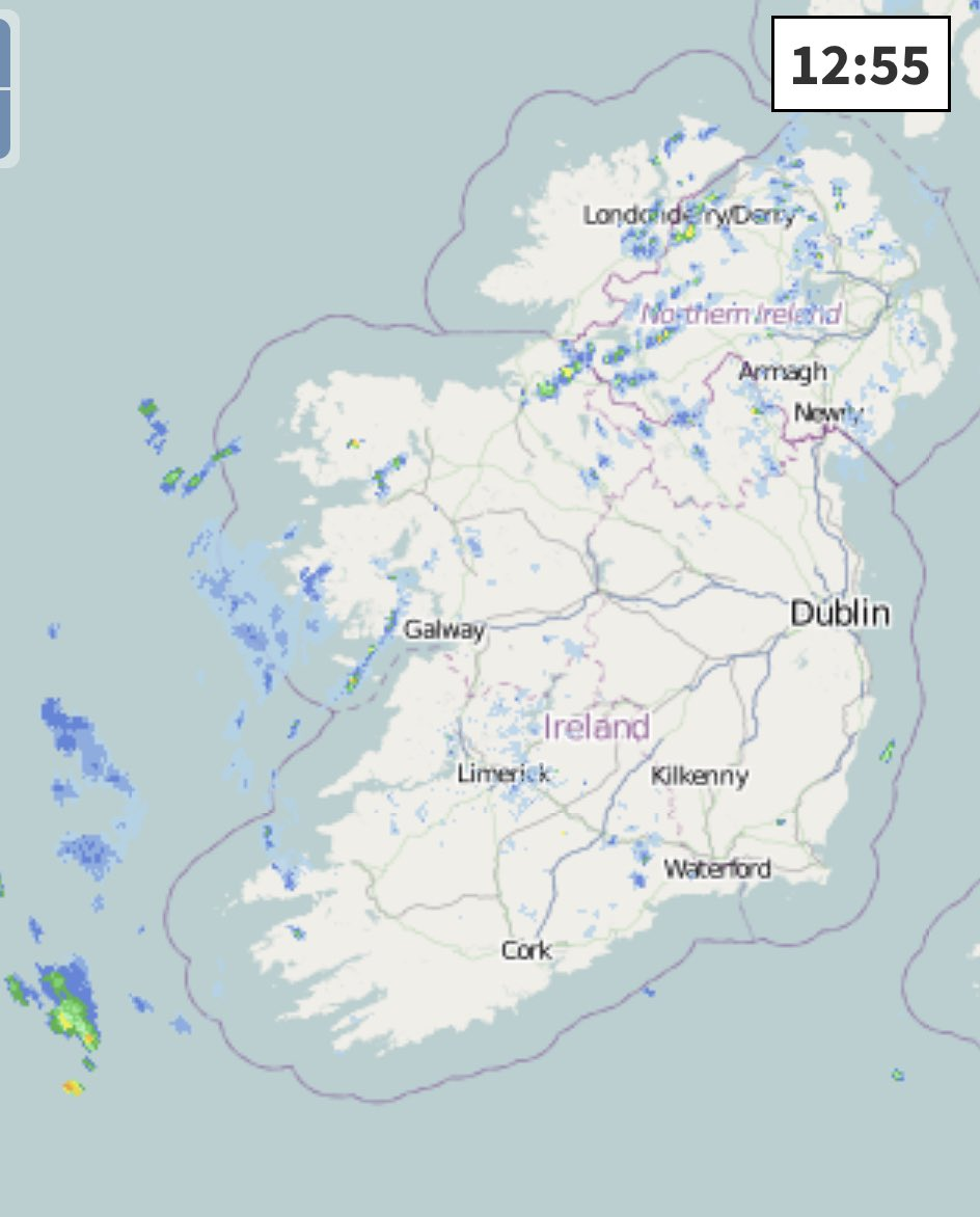 Showers increasing now especially in the West but they will become more widespread this afternoon with risk of thundery downpours.   Great time for an Irish picnic in the boot of @AutoimageCW @DaciaIreland 😂  #brandambassador https://t.co/wyb2iZfDlw
