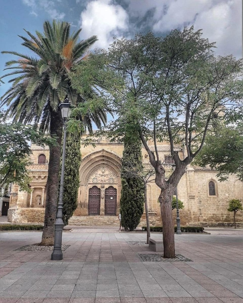 Iglesia San Pablo Plaza Primero de Mayo, Úbeda . . . #estaes_espania #estaes_andalucia #visitSpain #topspainphoto #spain_vacations #total_spain #ig_spain #ok_spain #ig_europa  #visitaÚbeda #Turismodeinterior #Ubeda #travelanddestinations #hello_worldpics… https://instagr.am/p/CDWLgmaKQjo/ pic.twitter.com/ECXzvQtrFX