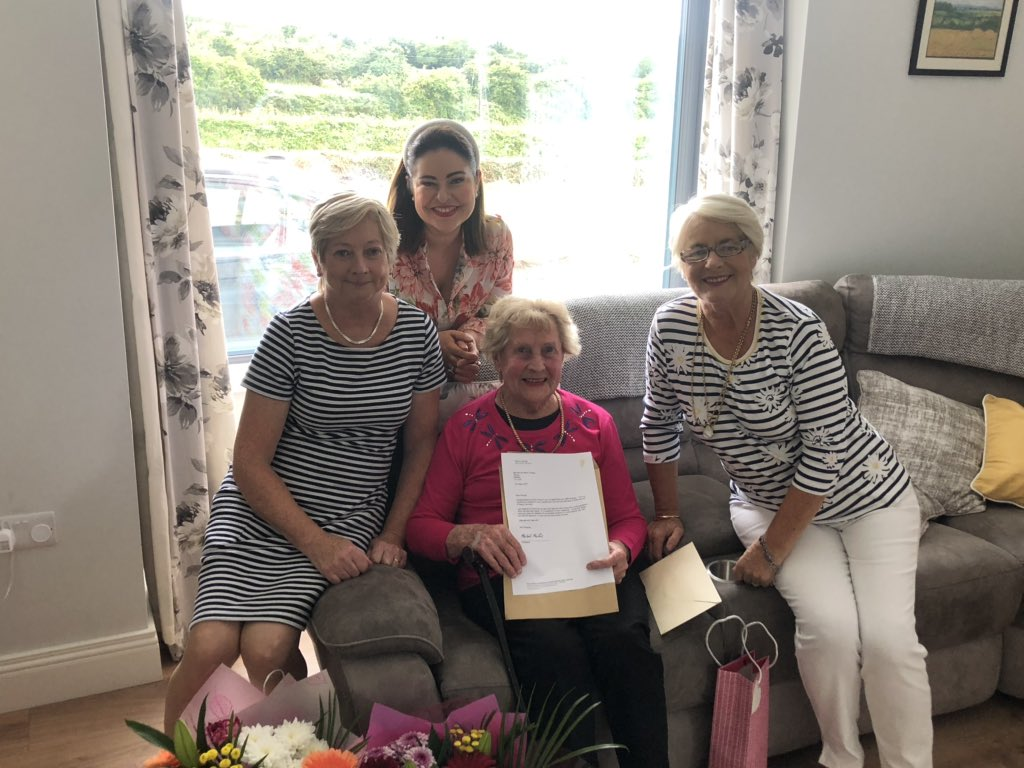 So lovely to celebrate my Nana's 99th birthday with my Mum, Aunt & family. Such a lovely day - and the icing on the cake for Nana was a very special letter from An Taoiseach @MichealMartinTD - as a @fiannafailparty, it has really meant a lot. #Birthday #99YearsOld #Family