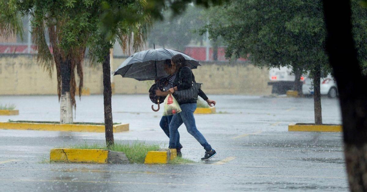 PCNL exhorta a la población a estar alertas por escurrimientos y lluvias https://bit.ly/3fmlbXLpic.twitter.com/UbWIpM1rrH