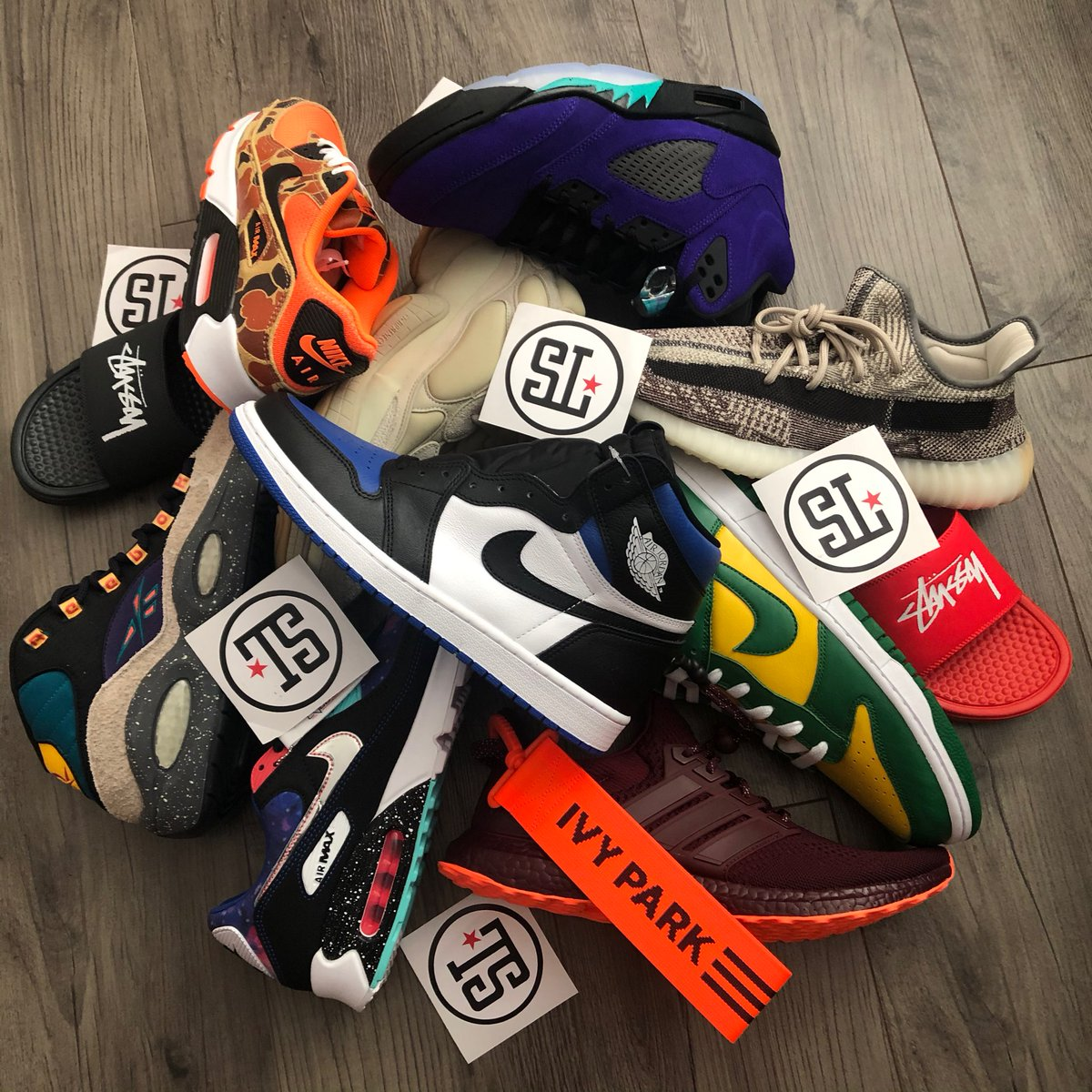 Solelinks On Twitter We Are Giving Away Free Sneakers To Celebrate Our 6th Anniversary Here At Solelinks Appreciate All The Support As Always Enter Https T Co Skqxz02ogx Https T Co Uvva5y5xhy Explore @solelinks twitter profile and download videos and photos links to sneaker deals, release info, restocks, etc(ps5 + xbox too). solelinks on twitter we are giving