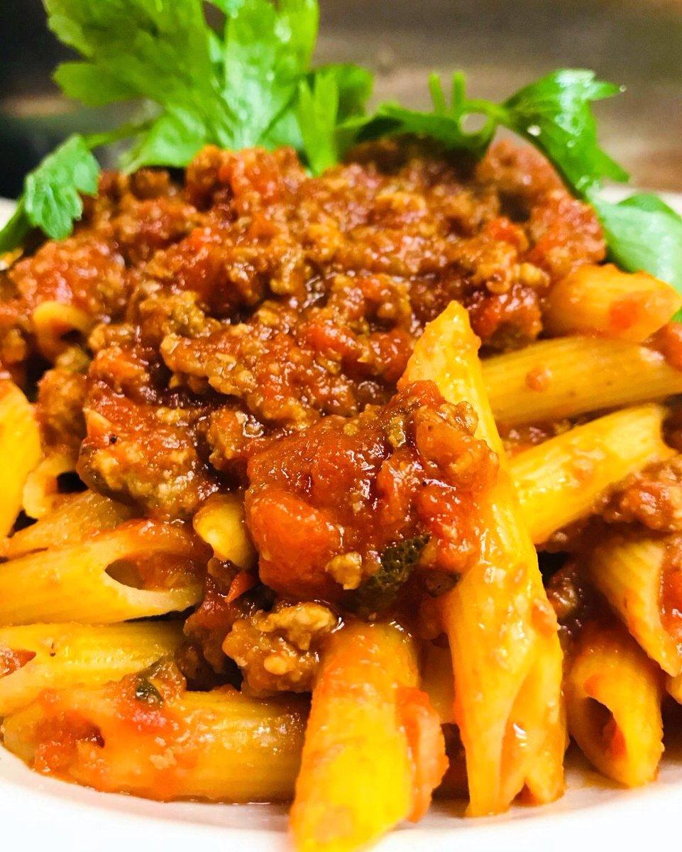 #carbcrushing for the #weekend  * * * * * * * * * * * * * * * * * * * * * * * * * * * * * * * * * * * * #pasta #weekend #helloaugust #nyc #ny #rigatoni #penne #spaghetti #carbs  #eeeeeats #feedfeed #delish #amazing #eatwell #eatgood #livegood #foodie #foodporn #foodgasm #yummy pic.twitter.com/h3AU6KFeog