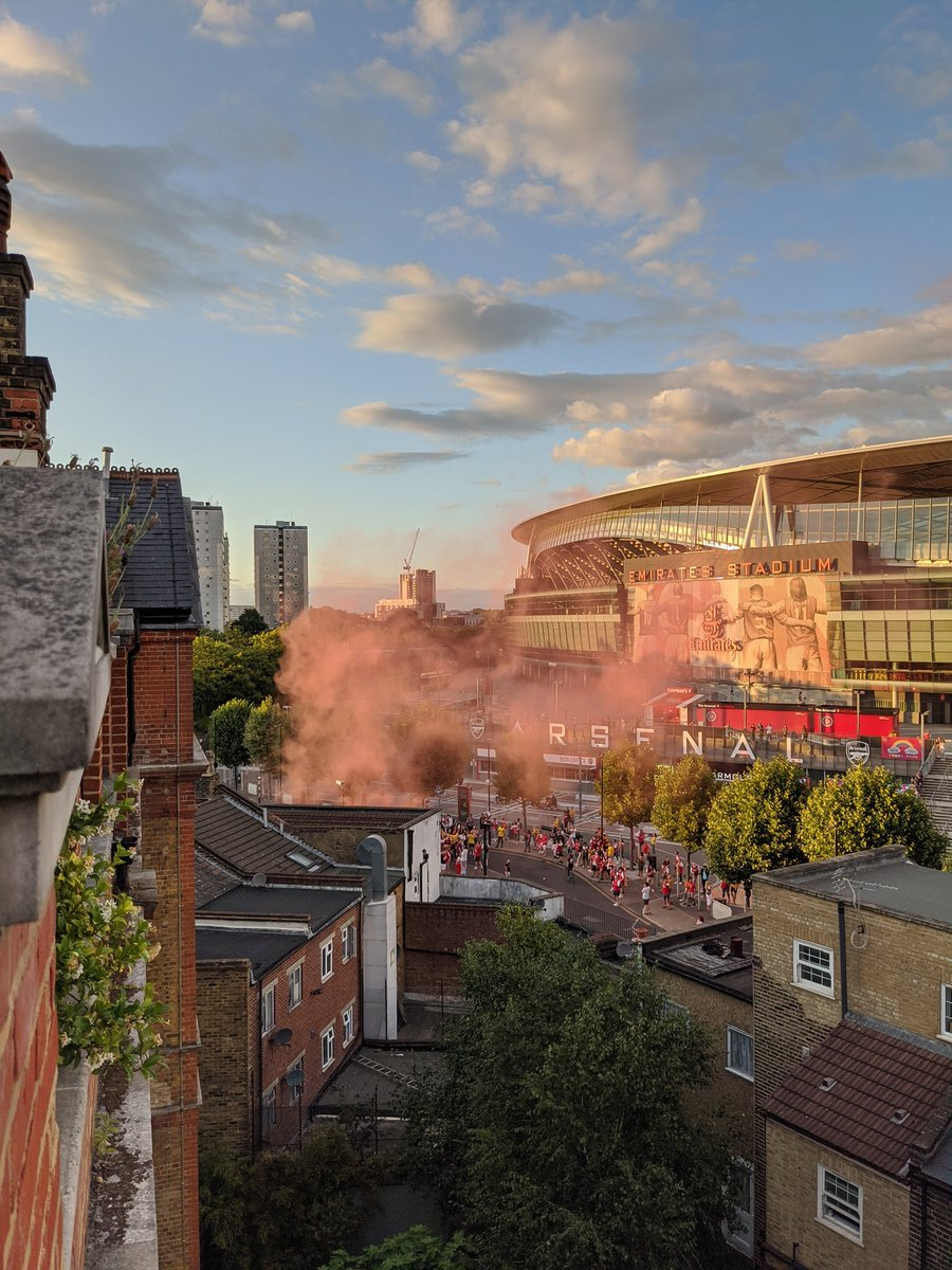 @Arsenal London is red