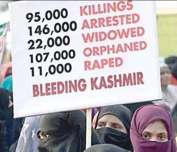 @akrmalrqymy This is daily Indian armed forces routine in Kashmir to rape Muslim women's from age 7 to 77, destroying our properties by burning, looting our homes, genocide Muslims community, now even new domicile law introduced in Kashmir same as Palestine tricked. Killing Kashmiris https://t.co/9p0fHj8xuf