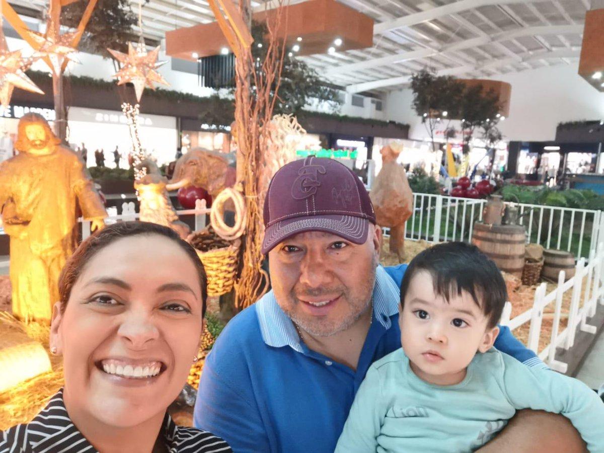 No sé si ya me adapté a vivir en #Culiacán, solo sé que aquí no está chido ¡ESTÁ BIEN CHILO! Antes de la contingencia salía con la familia o los plebes en sábados como este y agarrábamos cura un rato.  ¡HOY #DíaMundialDeLaAlegría confirmo que #Culiacán es alegría! #ChilangoEnClnpic.twitter.com/YbauZba3dX
