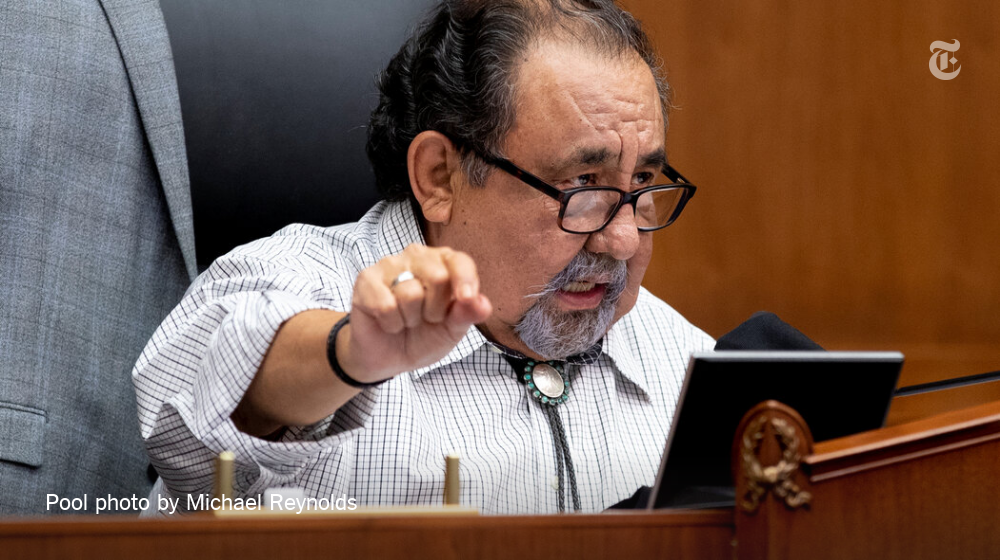 Rep. Raúl M. Grijalva, Democrat of Arizona, has tested positive for the coronavirus 3 days after isolating because he came into contact with another lawmaker who contracted it. He has no symptoms.   Read more. https://t.co/UDg8IoeKwx https://t.co/erHVYK46Hr