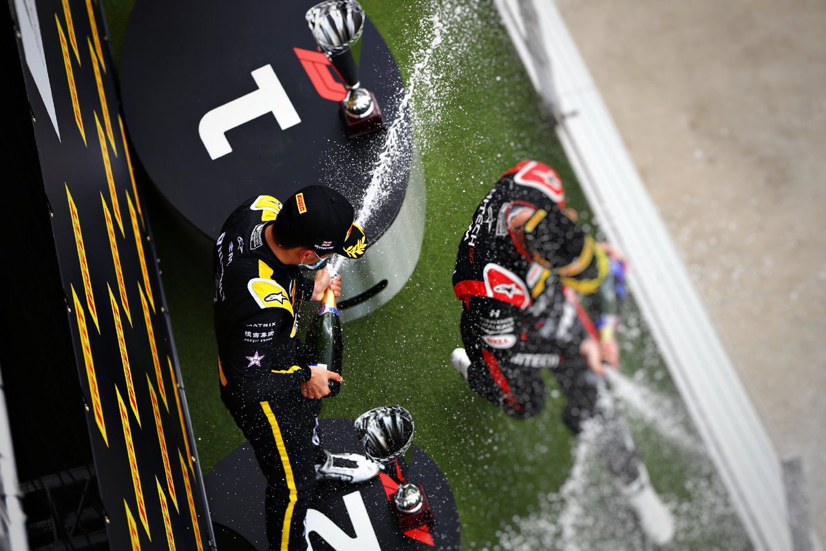 🏆 THAT WAS FUN! 🥈P2  Had fun climbing up the field. Great stint on these hard tyres, made strategy worked at the end, thanks @VirtuosiRacing 💨   #BritishGP #车手周冠宇 🍾 https://t.co/FF6CAaY80o