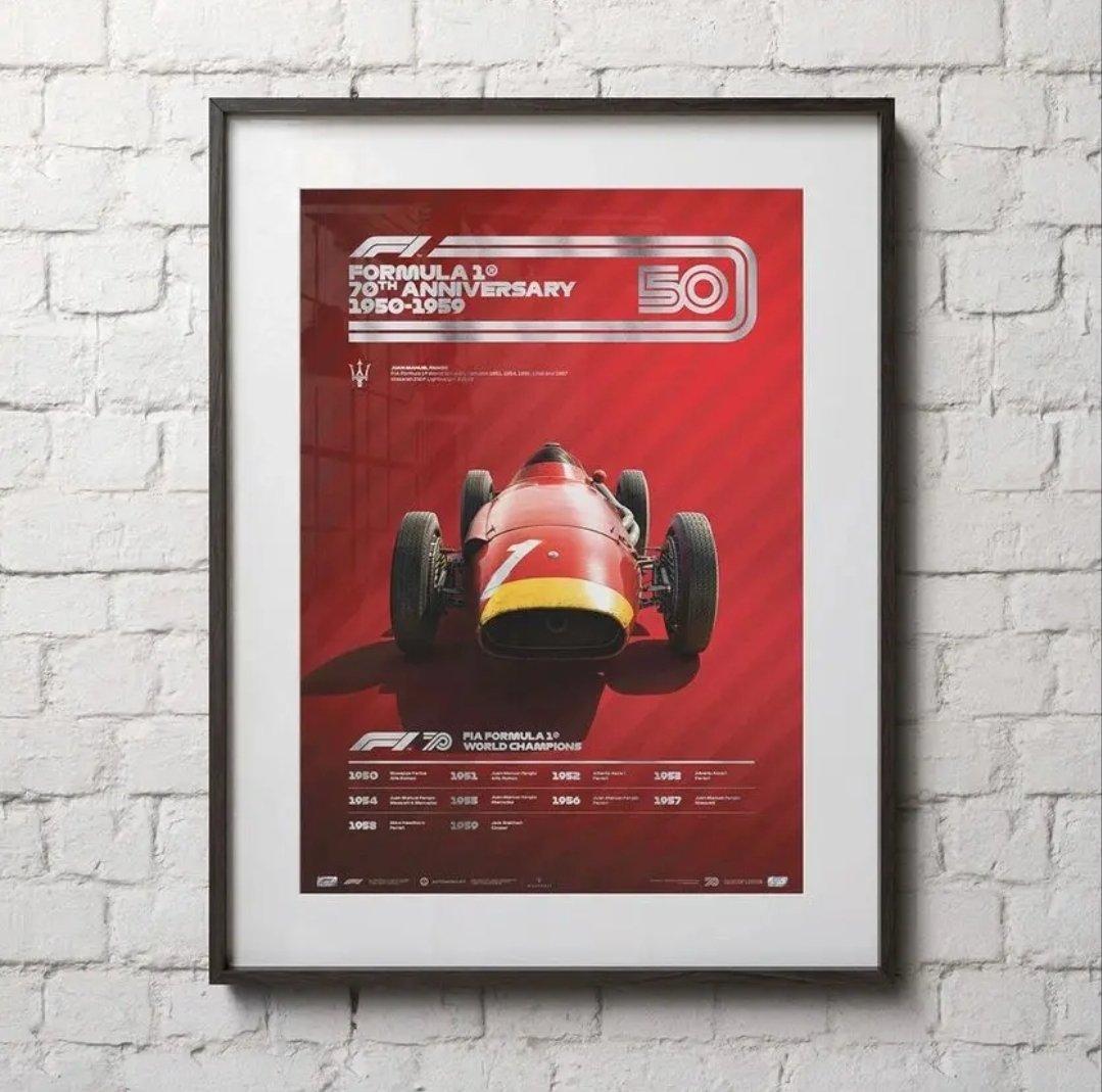 Posters recordatorios | Los 70 años de la F1 🏆🔥  Ocho láminas de autos emblemáticos de la #F1, será lanzada próximamente en celebración de los setenta años de esa categoría.  📝Nota Completa⬇️  https://t.co/acnMNOmNvI https://t.co/fKHd4KBgUL