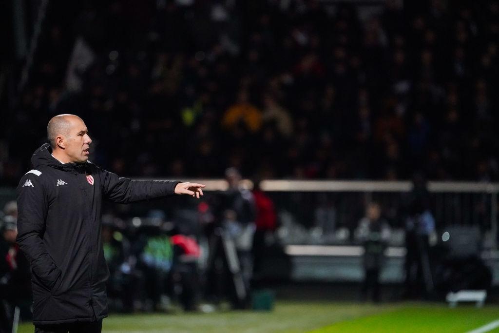 🇵🇹 O técnico Leonardo Jardim, campeão francês com o Monaco em 2016-17, completa 46 anos. Começou no Camacha, de Portugal, e passou por GD Chaves, Beira-Mar, Braga, Olympiacos e Sporting. https://t.co/8GXyxGoCum