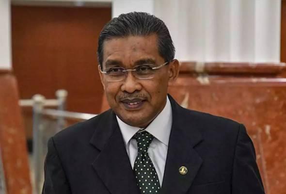 Kes Najib: Menteri Undang-undang nafi hina keputusan mahkamah astroawani.com/berita-malaysi… #AWANInews #AWANI745