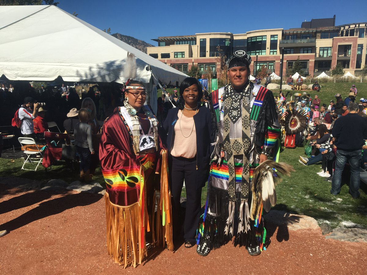 #Boulder #Colorado Happy August 9th, International Day of the World's Indigenous Peoples. #HumanRights #UnitedWeStand pic.twitter.com/QDuNSbSpt1