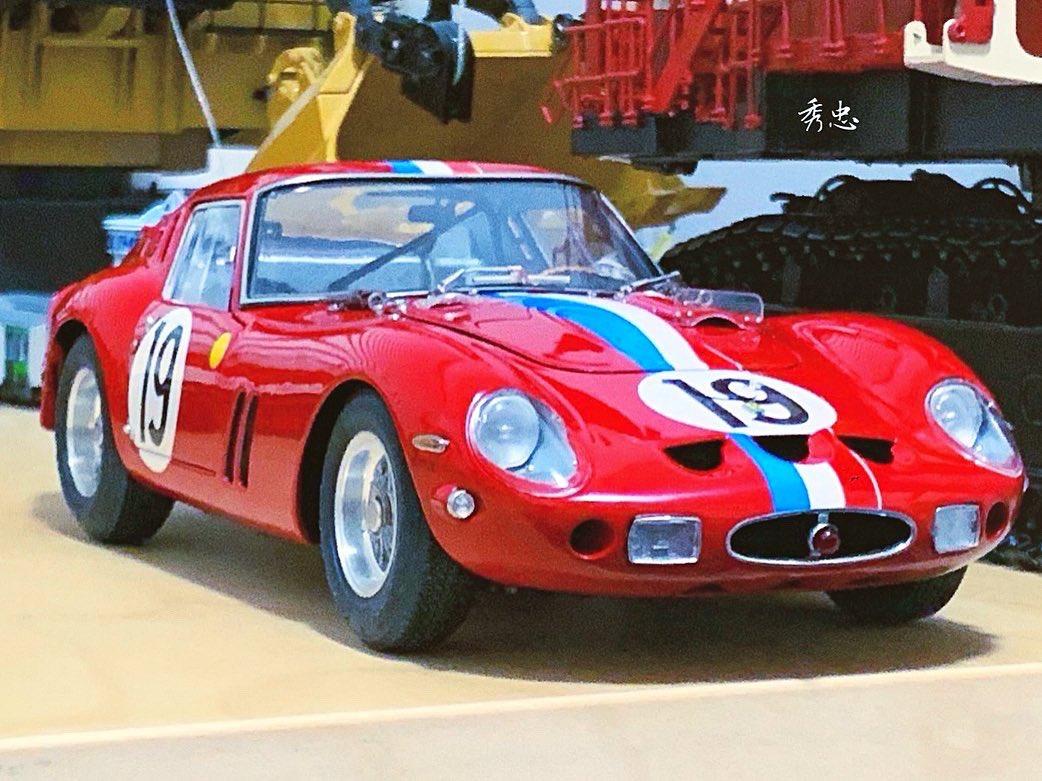 1/18 FERRARI 250 GTO 24h LE MANS 1962 CMC #diecast  #diecastcar #diecastcollectors #diecastphotography #autoart  #kyosho #minichamps #cmcmodels #exoto #scalemodel #scale18 #kyoshodiecast #modelcars #lemans #lemans24 #lemansclassic #racingcars #racinglegend #ferrari #ferrari250gto https://t.co/85n90vl41L