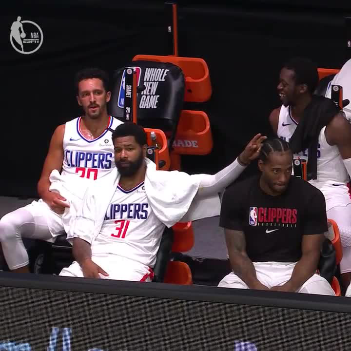 The look Kawhi gives Marcus Morris 😂 https://t.co/tCvKmKciqH