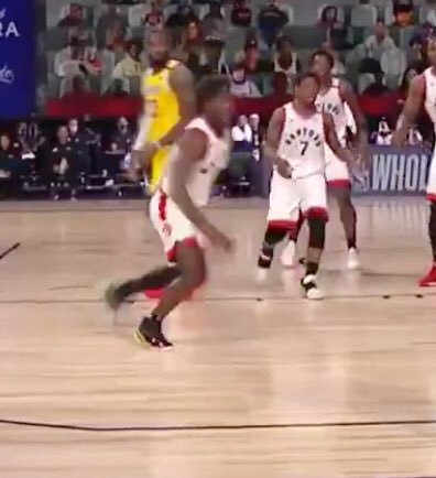@NBA LeBron looked right at him. What? https://t.co/hzAtTS21a7