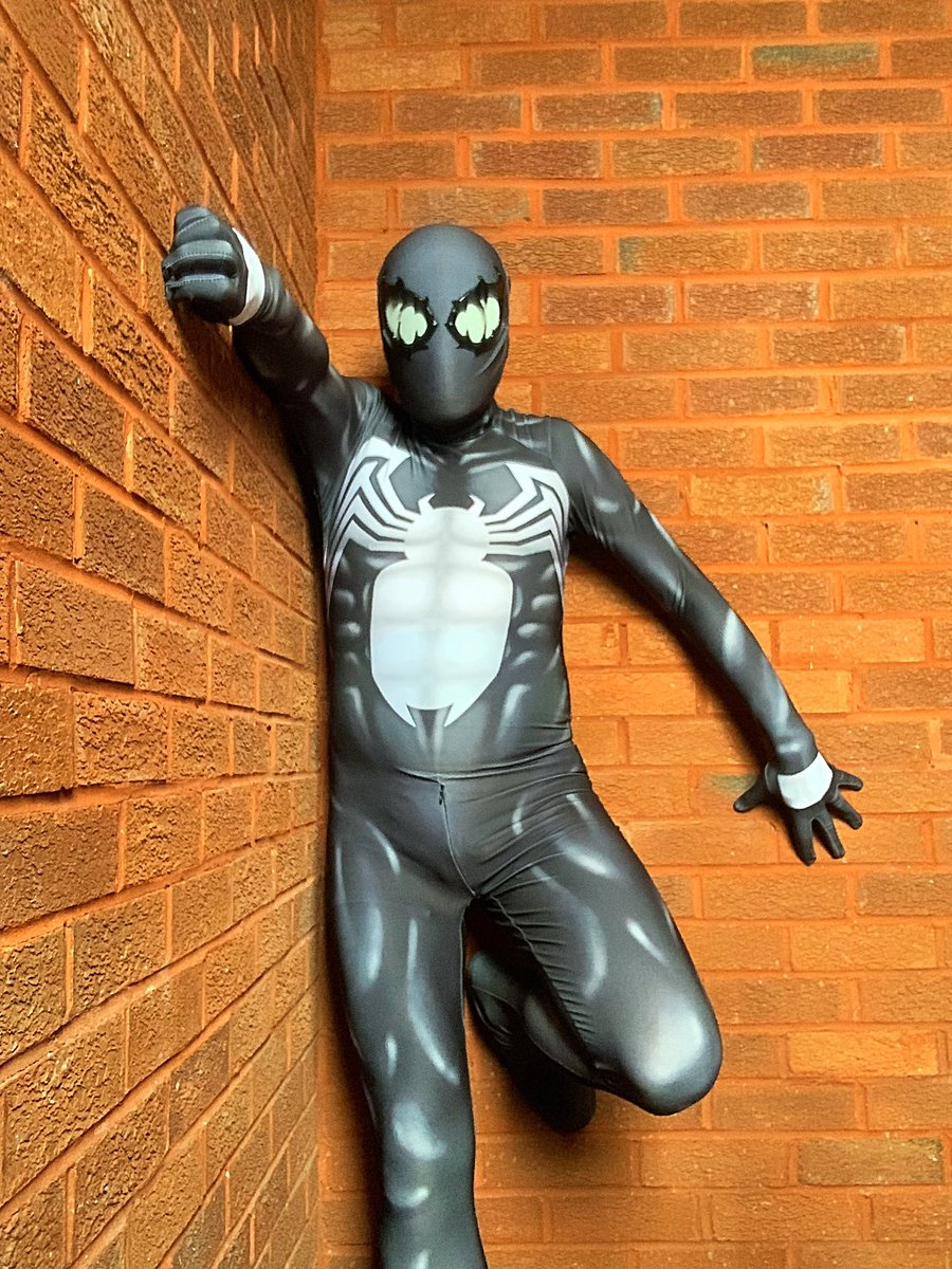 Happy Spider-Man Day everyone!  #SpiderManDay #SpiderMan #geek #cosplay #gay #gayman #webhead #marvel #symbiotespidermanpic.twitter.com/w3VZwPPGlj