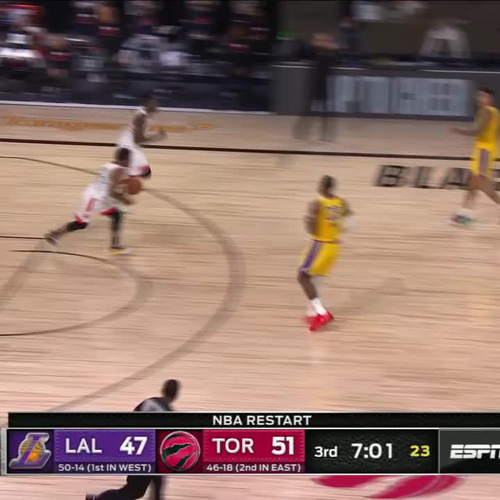 LeBron and AD with back-to-back blocks 🖐🖐 https://t.co/b9YxzUiLzk