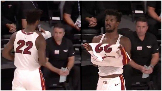 【影片】Butler賽前身穿「無名」球衣,卻被裁判發現了,立即要求下場更換!