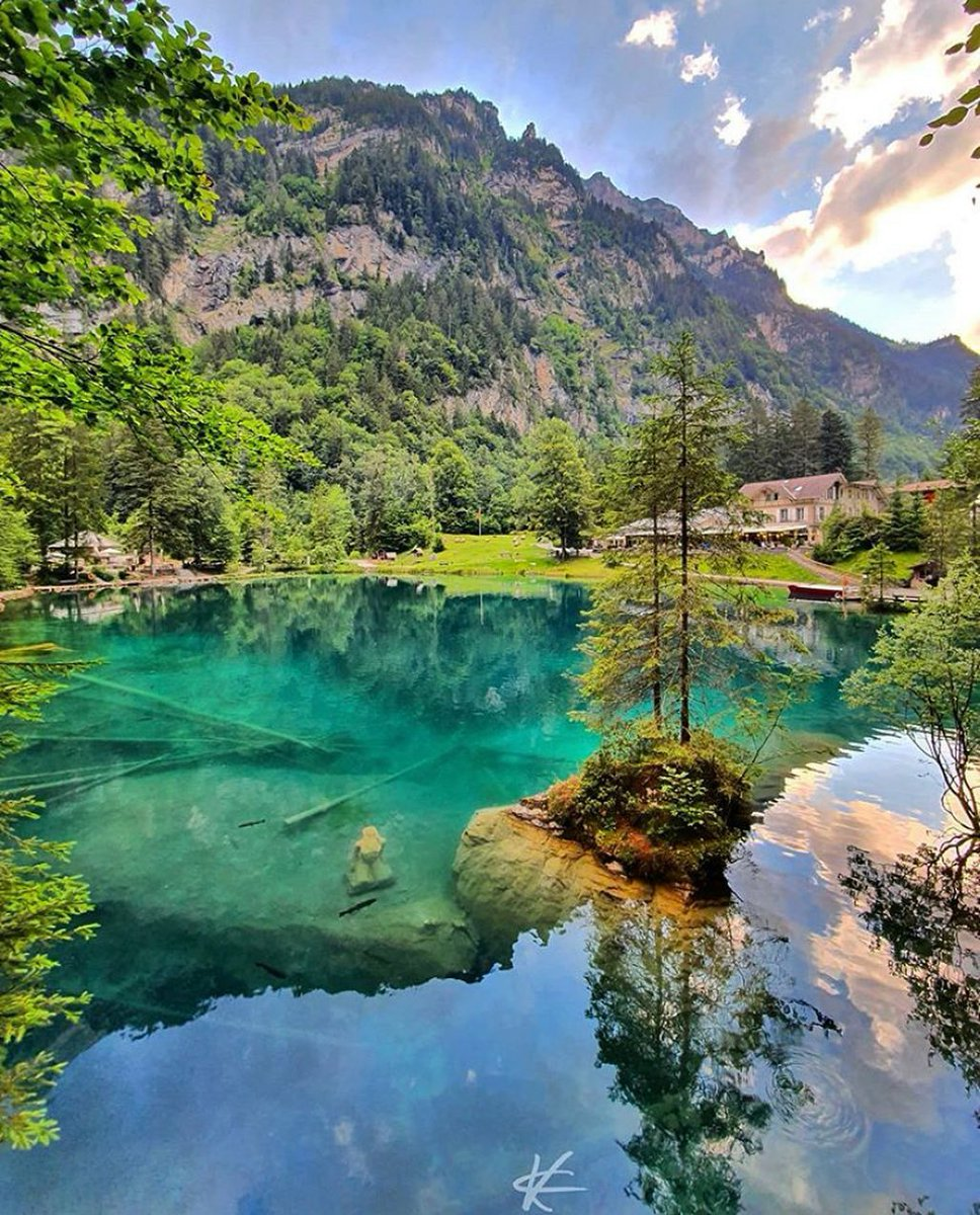 Wonderful water at the Blausee Switzerland  #beautiful #beautifuldestinations #NaturePhotography  kcesco_photography pic.twitter.com/mKgVcov5gm