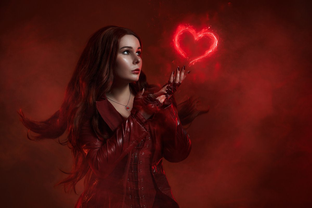 I send you love vibes #марвел #marvel #marvelcomics #MarvelsAvengers #marveluniverse #marvelcosplay #scarletwitch #Wandamaximoff #wandacosplay #алаяведьма #вандамаксимофф #cosplayergirl #cosplayergirlpic.twitter.com/gqwh21w8dT