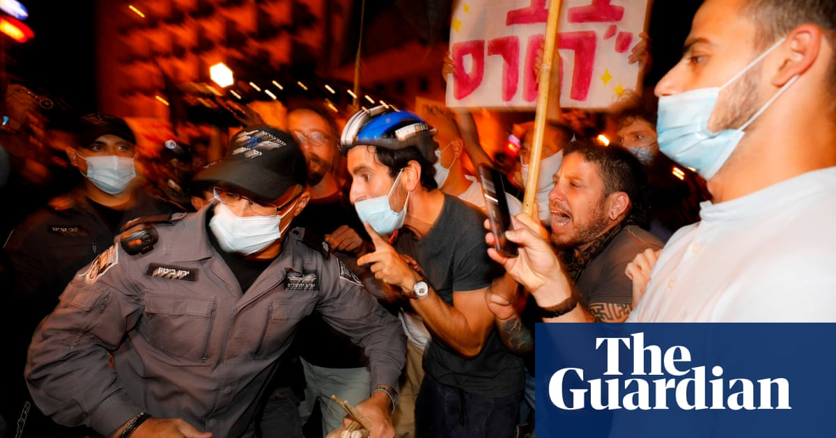 thousands-demonstrate-against-netanyahu-as-israel-protests-gain-strength Photo