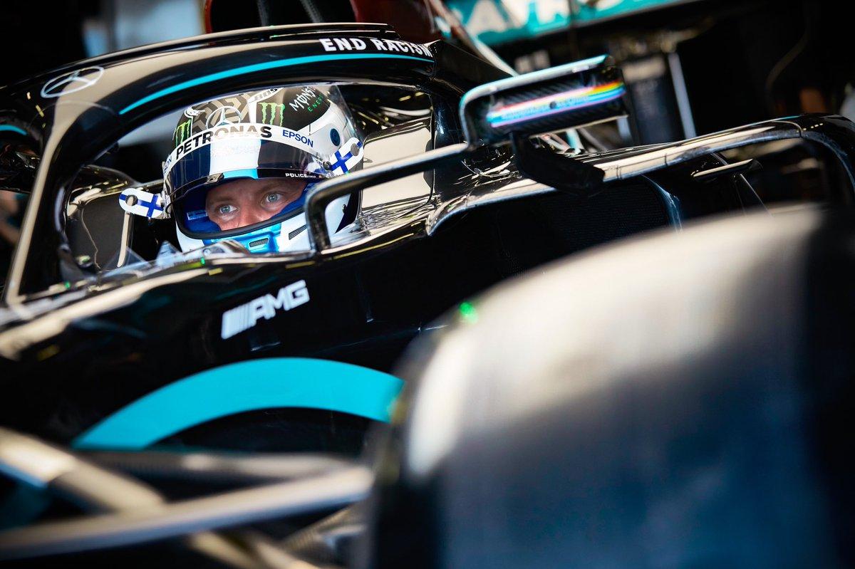 Race day 🇬🇧🏁  #VB77 #F1 #NeverGiveUp  @MercedesAMGF1  📸 Etherington https://t.co/t4ob2MovX8