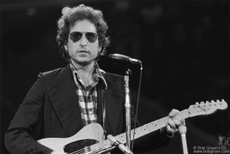 Today in 1969: Bob Dylan makes surprise appearance at Hibbing HS Minn 10th reunion. 🎶