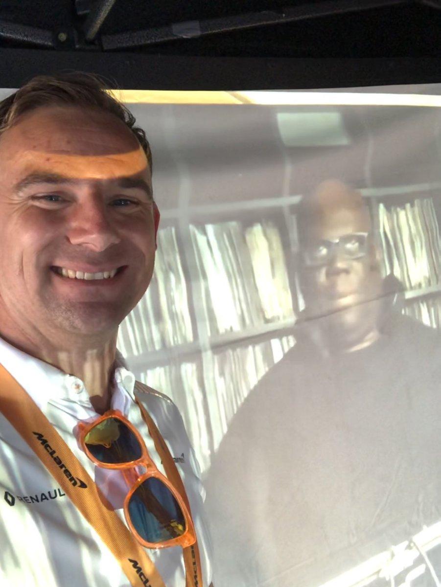 Selfie with @Carl_Cox 🤳🏼  #McLarenHomeFest #VELOxMcLaren #YouveGotVELO #70in70 https://t.co/r22nZgLxTU