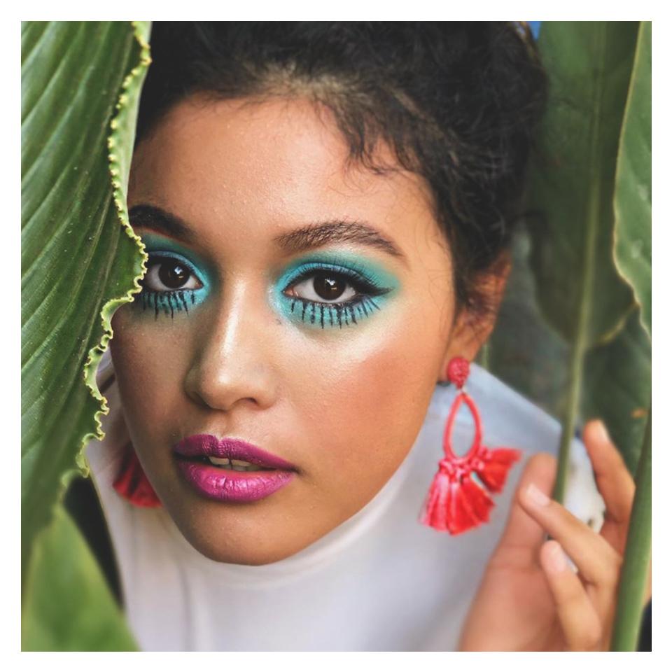 Add to your summer look with a splash of vibrant color. #PMTSCharleston  #instamakeup #makeup #makeupinspiration #makeupinspo #makeuplove #pmtslifepic.twitter.com/3SvJka5Mh6
