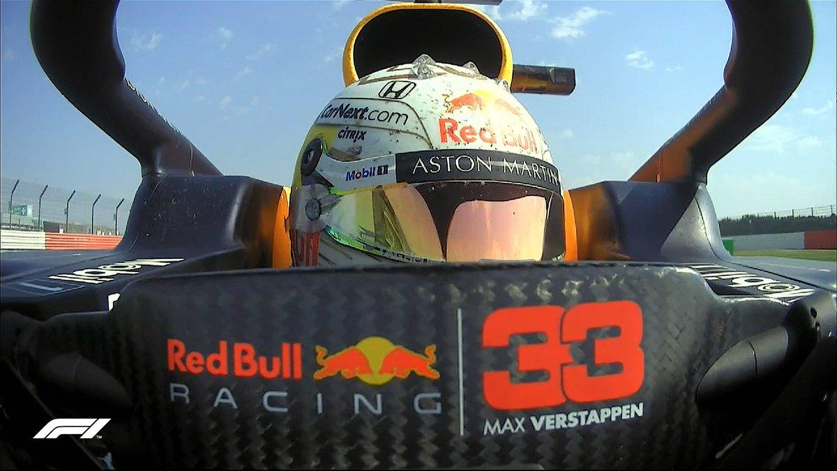 Max Verstappen s'impose pour la neuvième fois de sa carrière et devance les deux Mercedes de Lewis Hamilton et Valtteri Bottas.  Esteban Ocon premier français au classement finit 8e. #F170🇬🇧 https://t.co/oezkb35KwJ