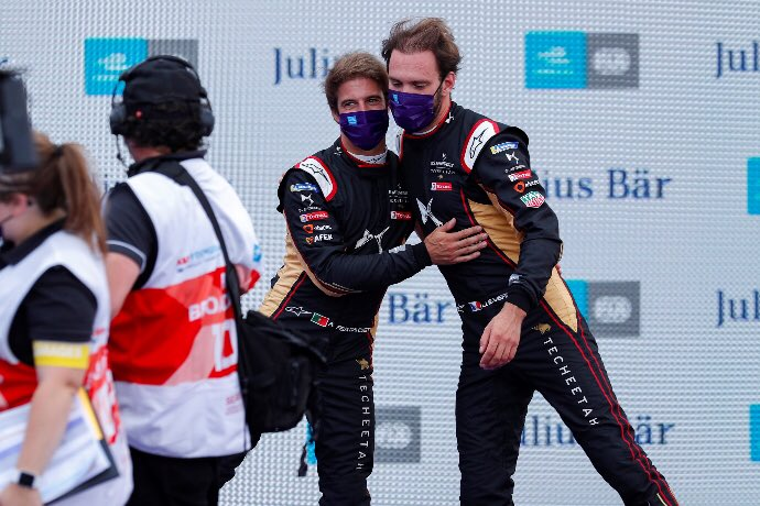#FormulaE #SeasonSixFinale | #BerlinEPrix – Dia 6 – Jean Eric Vergne y Antonio Da Costa, primera línea de Techeetah.  https://t.co/my0Ms3QGTN https://t.co/LSoAqaElFv
