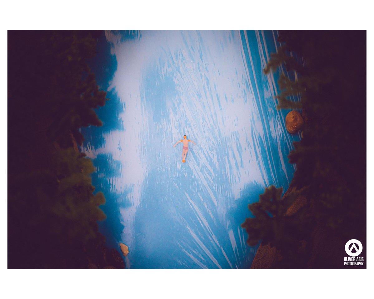 """The monotony and solitude of a quiet life stimulates the creative mind."" - Albert Einstein . Inspired by a photograph from @CalSnape.  . #miniatures #travel #letsgosomewhere #miniatureadventurespic.twitter.com/EkaCg7zdmU"