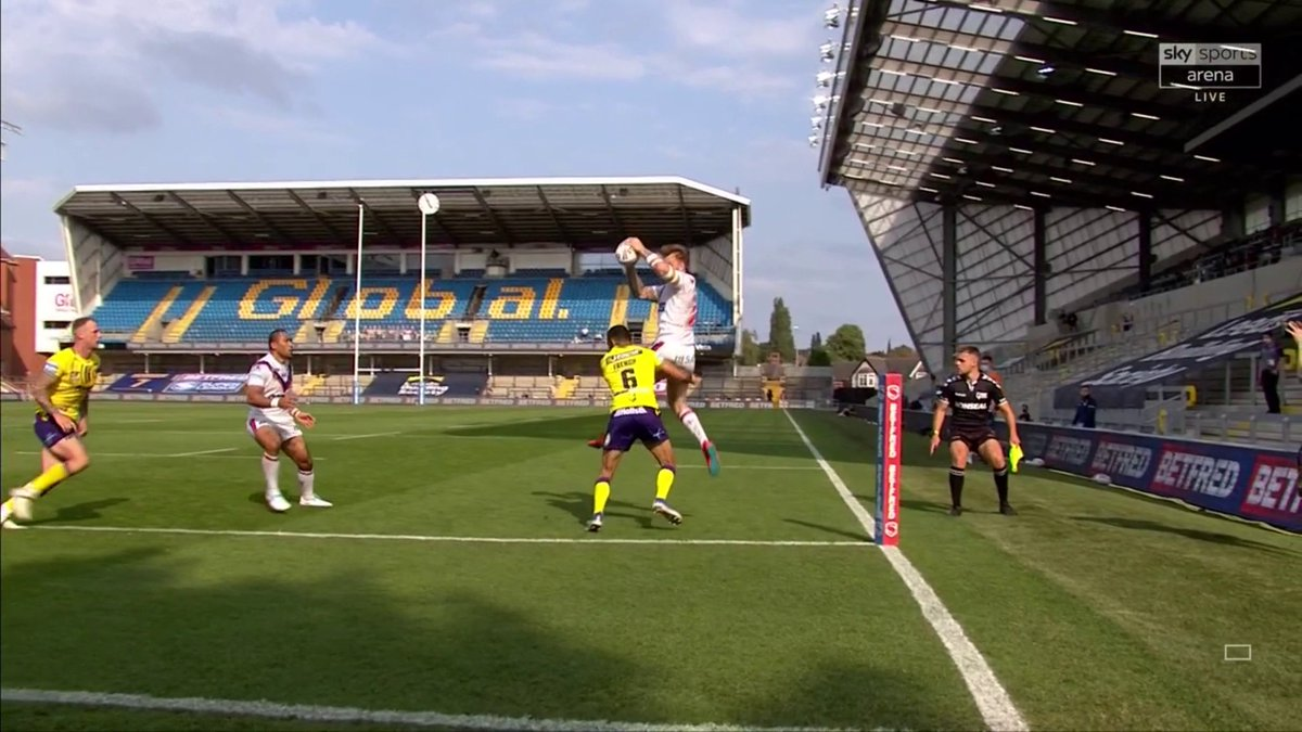 WHAT A TRY! 😱 This was sensational from Tom Johnstone 👏 Absolutely incredible 🔥