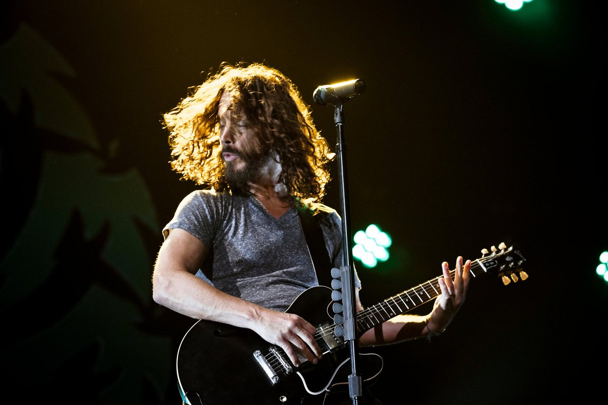 "Remember, #ChrisCornell covered #GunsNRoses ""Patience"" and his estate released it!   http://ow.ly/7Hxg30qZzPD   * Web stories are powered by @DailyHiveVan - Your City. Now. Your home base for everything Vancouver. pic.twitter.com/G1cDQuYycn"