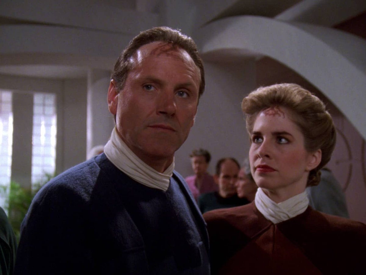 "Unfortunately, while the story has an interesting premise, it is not a compelling story. I found it dreary and depressing  On a side note, believe this story inspired 1992 #StarTrekTheNextGeneration episode ""The Man of the People""  (3/3) https://t.co/sdXWqdwd6z"