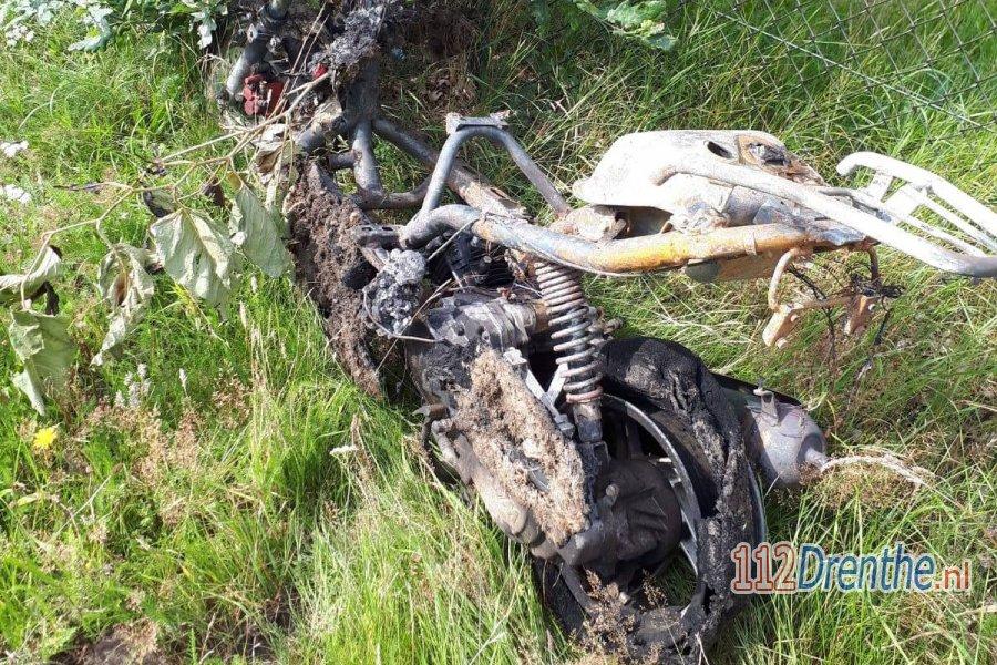 Gestolen scooter uitgebrand teruggevonden in #Emmen. 112Drenthe.